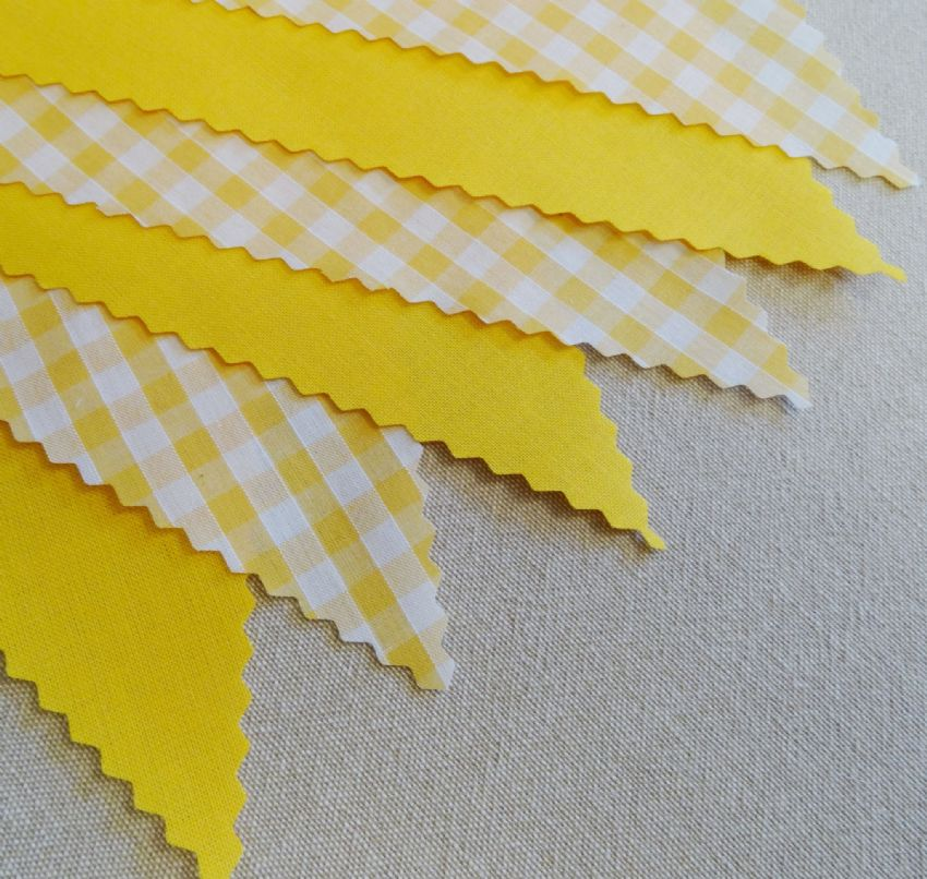 BUNTING Plain Yellow and Yellow Gingham - 3m/10ft or 5m/16ft